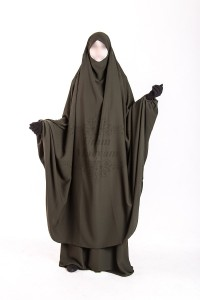 Jilbab Umm maryam 2 pieces kaki CREPE